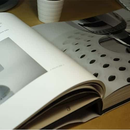 ICONIC Book Apple Innovation 4