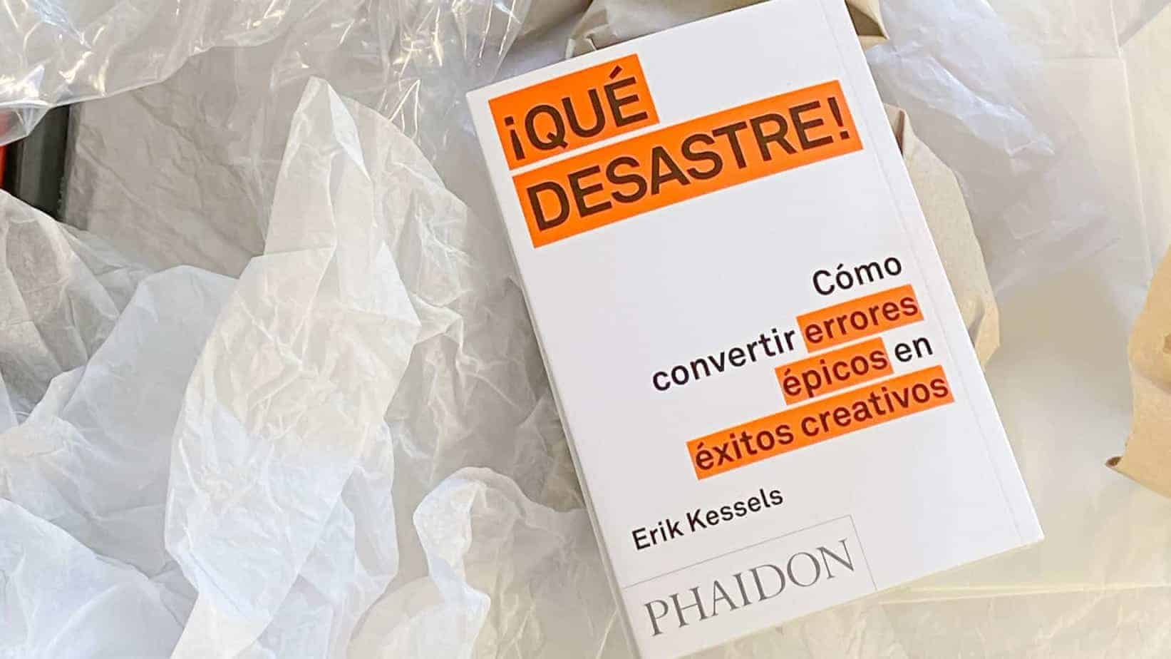 ¡Qué Desastre! de Erik Kessels Libro review por carl caesar